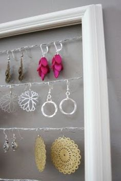 The Boutons: Tangly Dangly Earrings No More