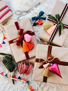 Brown paper packages tied up with velvet and ribbon I found - Erica Chan Coffman media photos videos Winter Christmas, Christmas Holidays, Christmas Crafts, Christmas Decorations, Holiday Fun, Holiday Gifts, Festive, Santa Gifts, Creative Gift Wrapping