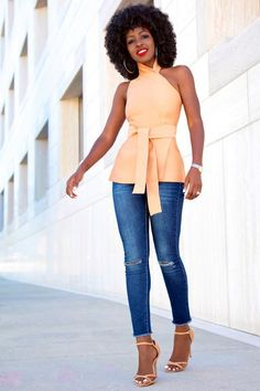 Asymmetric Wrap-Around Halter Top + Ankle Length Jeans Style Pantry waysify Classy Outfits, Chic Outfits, Fashion Outfits, Womens Fashion, Jeans Fashion, Work Outfits, Summer Outfits, Style Pantry, Jeans Style