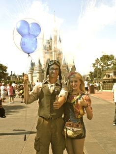 This couple dressed like Ellie and Carl and visited Disney World! sweetest thing EVER