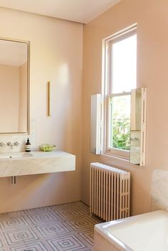 Peach bathroom in the Australian home of designer Anna Charlesworth, renovated by Meacham Nockles McQualter. Originally posted on The Design Files. Blush Bathroom, Bathroom Colors, Bathroom Wall, Small Bathroom, Neutral Bathroom, Bathroom Ideas, Bath Ideas, Bathroom Designs, Pink Bathroom Paint