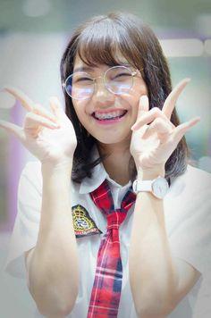 NAMSAI BNK48 งุ้ยยยย Glass Of Milk, Fashion, Stockings, Fashion Styles, Fashion Illustrations, Trendy Fashion, Moda