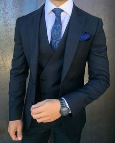 25 Best of Mens Fashion Classy Gentleman Style Gentleman Mode, Gentleman Style, Mens Fashion Suits, Mens Suits, Groomsmen Suits, Fashion Menswear, Classy Mens Fashion, Business Casual Jacket, Business Suits
