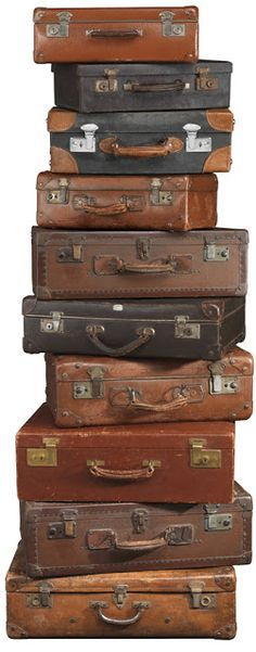 Ideas vintage travel items old suitcases