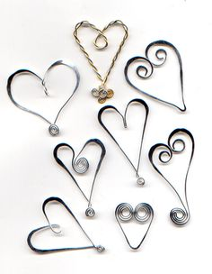 IDY all kinds of wire hearts....WireWorkers Guild: January 2012