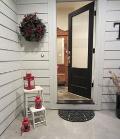 Come on in and tour my sister's country Christmas home decor.
