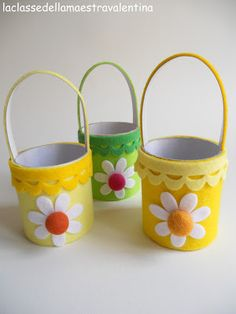 Dear creative, today I propose these very simple pen holders, made with . Basket Crafts, Bunny Crafts, Easter Crafts For Kids, Summer Crafts, Preschool Crafts, Paper Cup Crafts, Tin Can Crafts, Foam Crafts, Easy Crafts