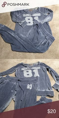 Guess sweat outfit Great for summer or spring. Not heavy, very light weight. Almost see through Other