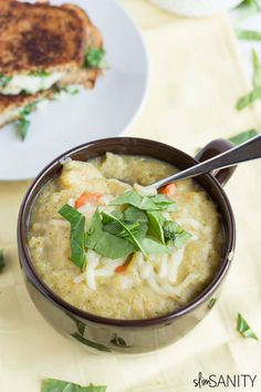 Warm up this winter with an easy and healthy crockpot broccoli potato soup! | slimsanity.com