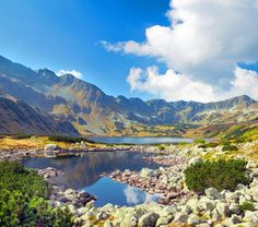 Tech Worth Info: Tatra Mountains - Poland Beauty - Images n Detail Polish Mountains, Tatra Mountains, Carpathian Mountains, Earth Photos, Photo Images, Mountain Landscape, Wanderlust Travel, Landscape Photographers, Colorful Pictures