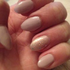 stiletto nails short