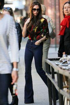 Pantalón acampanado perfection... obvio  Victoria Beckham