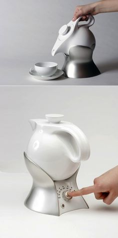 The Lazy Teapot by Lotte Alpert