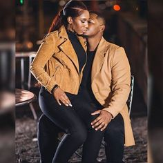 The Magical Text That Makes Almost Any Man Psychologically Addicted to You… Forever…? Black Love Couples, Black Love Art, Cute Couples, Couple Style, Couple Goals, Matching Couple Outfits, Matching Couples, Couple Posing, Couple Shoot