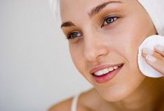 30 Beauty Tips: Get Rid of Acne for Smooth Skin - Care - Skin care , beauty ideas and skin care tips Clear Skin Tips, How To Get Rid Of Acne, Peeling, Ingrown Hair, How To Apply Makeup, Applying Makeup, Acne Scars, Pimples, Smooth Skin