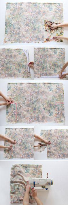 Ein schönes Tutorial, wie ihr selbst gestaltete und bei uns bedruckte Seide- oder Viskosetücher in 30min einen Kimono verwandelt. DIY a Kimono in 30 Minutes! via Brit + Co.