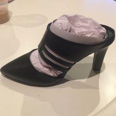 Tahari Black Leather Slip On Heels Pumps Shoes Brand new in box Tahari Shoes Heels