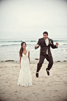 Photography: Captured by Aimee - capturedbyaimee.com/  Read More: http://www.stylemepretty.com/california-weddings/san-diego/2012/01/04/del-mar-beach-wedding-by-captured-by-aimee/