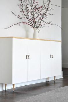 Ikea Ivar cabinet turned mid century buffet - Ikea DIY - The best IKEA hacks all in one place Ikea Ivar Cabinet, Ikea Cabinets, Kitchen Cabinets, Ikea Sideboard Hack, Armoire Ikea, Modern Cabinets, Ikea Buffet, Living Room Cabinets, Wall Cabinets