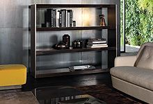 Minotti, made in Italy: Carson bookcase by Rodolfo Dordoni. Italian Furniture, Luxury Furniture, Sideboard, Room Inspiration, Liquor Cabinet, Family Room, Interior Design, Interior Ideas, Shelves