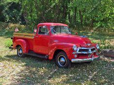 Old Red Chevy Truck 54 Chevrolet Vintage Antique Restoration 1954 Fine Art Photography Photo Print – En Güncel Araba Resimleri Vintage Red Truck, Vintage Pickup Trucks, Classic Pickup Trucks, Antique Trucks, Vintage Cars, 1954 Chevy Truck, Chevy Trucks Older, New Trucks, Ford Trucks