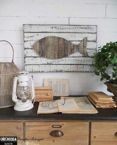 Pannelli Decorativi da Parete Vintage Pesce, realizzato in legno decapato con un grazioso pesce, perfetto per arredare la tua casa in Stile Marinaro.