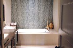Modern Small Bathroom Tile Ideas