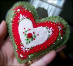 Felt Christmas Hearts  Swedish