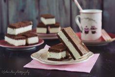 Koskacukor: Kinder tejszelet Cake Cookies, Tiramisu, Cheesecake, Sweets, Ethnic Recipes, Food, Drinks, Basket, Kids