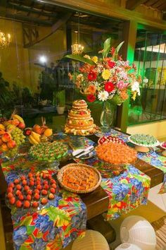 - Grife do Doce -: Uma festa tropical... Moana Party, Moana Birthday Party, 1st Birthday Parties, Aloha Party, Nye Party, Luau Party, Party Time, Buffet Vegan, Brazil Party