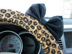 Cheetah Steering Wheel Cover with Matching Black Bow from BeauFleurs on Etsy. Saved to Wishlist Wheel Cover, Future Car, My Ride, Cheetah Print, Leopard Prints, Car Accessories, Jaguar, Dream Cars, Giraffe
