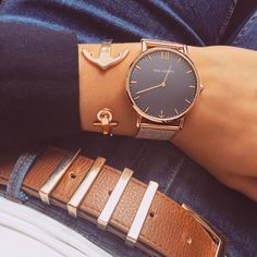 Paul Hewitt Paul Hewitt Source by theaguss Trendy Watches, Elegant Watches, Montre Paul Hewitt, Pinterest Jewelry, Simple Jewelry, Vintage Watches, Fashion Watches, Fashion Fashion, Women's Accessories