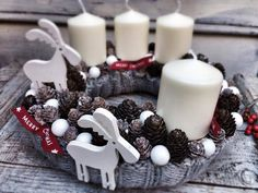 Stunning Christmas Sweater Wreath Advent Candles Decoration Ideas - Page 16 of 55 - Chic Hostess Christmas Advent Wreath, Xmas Wreaths, Christmas Candles, Christmas Centerpieces, Xmas Decorations, Winter Christmas, Christmas Time, Christmas Sweaters, Christmas Crafts