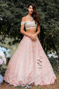 Designer Bridal Lehenga, Indian Bridal Lehenga, Indian Bridal Outfits, Indian Fashion Dresses, Dress Indian Style, Indian Designer Outfits, Indian Wear, Indian Attire, Indian Designers