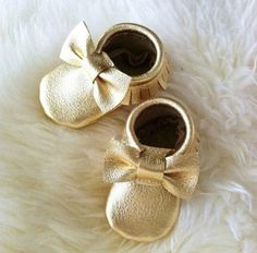 Baby Leather Moccasins - Gold Bow