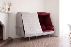 Orwell est un croisement entre un canapé, un lit et une cabane. Véritable invitation à y entrer et revivre des souvenirs d'enfance… Goula / Figuera est un studio basé à Barcelone et fondé par deux designers, Álvaro Goula et Pablo Figuera.