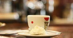 Bodoni in Turin. Coffee and cream. Italian Bar, Italian Espresso, Espresso Bar, Best Espresso, Cool Cafe, Turin, Cream, Coffee, Tableware