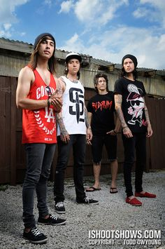 Pierce the Veil:) Weird cover poses.. This looks pretty awkward to me..