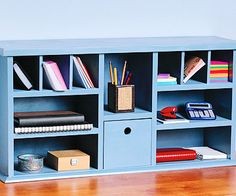 How to Build Desk Hutch Shelves - Easy Shelf Projects - Built-ins, Shelves & Bookcases. DIY Advice