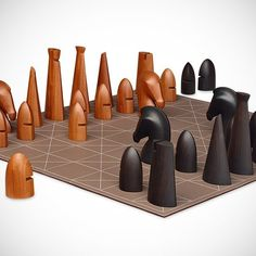 Giant Chess Game by Hermes