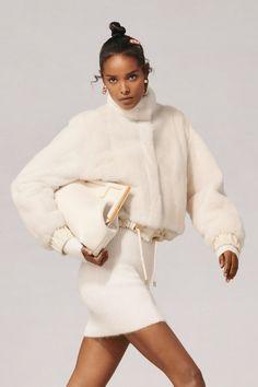 Fashion News, High Fashion, Fashion Beauty, Womens Fashion, Runway Fashion, Luxury Fashion, Fendi, Fashion Show Collection, Winter Wardrobe