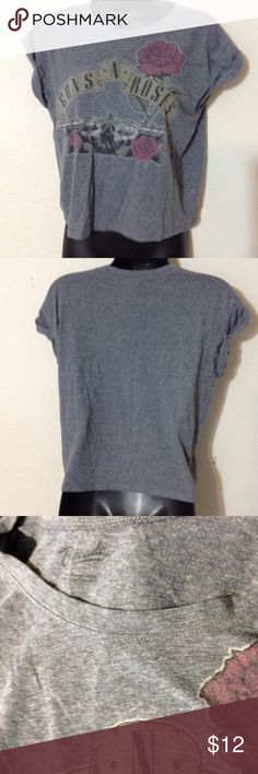Guns N Roses gray ladies Tee Gently worn pinned sleeve ladies size Medium by Bravado Bravado Tops Tees - Short Sleeve