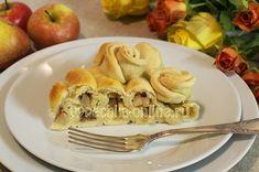 Дрожжевой пирог с яблоками и корицей  #Apples #Pie #Yeast #Baking #Design #Recipes #Yummy #CakesOnline #Яблоки #Пирог #Дрожжи #Выпечка #Оформление #Рецепты #Вкусняшка #ВыпечкаОнлайн