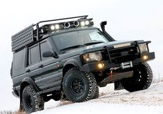 Land Rover Discovery I need to get some sand ladders for mine!