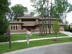 prairie style house in Naperville, Illinois