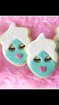 Love these cookies for a SPA party! Uses the acorn cutter Spa Party Ideas Spa Cookies, Iced Cookies, Cute Cookies, Spa Cupcakes, Baking Cookies, Cupcake Party, Spa Birthday Parties, Sleepover Party, Slumber Parties
