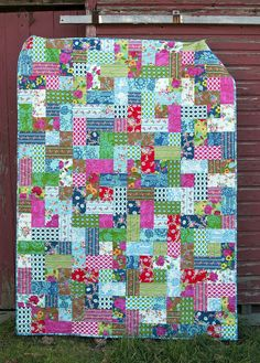Happy Land Quilt using Happy Land line by Sis Boom and Thomas Knauer's 70's vibe quilt pattern