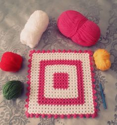 hayirli gunler arkadaslar🌷😊hediyelik rengarenk liflerimize basladik  #hediye #damat  #bohcahazirligi .... #gelin #bohcahazirligi ... #ceyiz… Elsa, Blanket, Crochet, Instagram, Couch Slipcover, Ganchillo, Blankets, Cover, Crocheting
