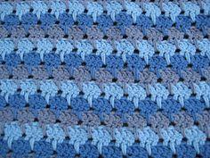 Karin am Haken: Muster Larksfootstitch Crochet Blanket Edging, Crochet Cowl Free Pattern, Stitch Crochet, Crochet Geek, Granny Square Crochet Pattern, Crochet Motifs, Crochet Stitches Patterns, Crochet Yarn, Stitch Patterns