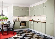 Hos oss får du hjälp och inspiration längs hela vägen mot ditt drömkök. Läs mer om våra moderna kök så som Citykök på vår webbplats!